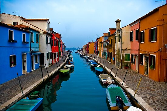 Colours of Burano. by naranzaria