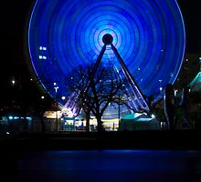The wheel is spinning. by rflower