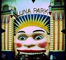 Luna Park by VenusOak