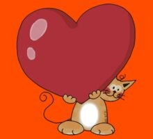 orange cat with a big red heart Kids Tee