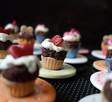 Cupcakes on Parade by Babz Runcie
