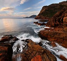 Sleepy Bay Morning Flow by Robert Mullner