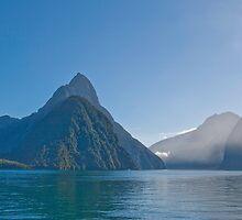 Mitre Peak - Milford Sound by pennyswork
