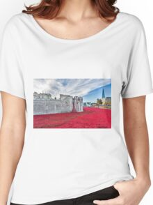 Poppies at The Tower Of London Women's Relaxed Fit T-Shirt