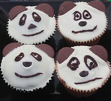 Panda Cupcakes by v-something