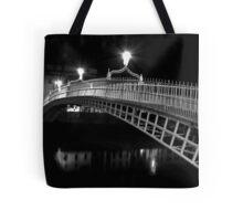 Ha'Penny Bridge At Night (mono) Tote Bag