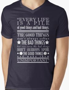 Doctor Who Quote Poster Mens V-Neck T-Shirt