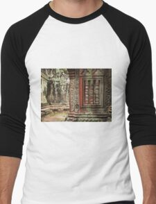 Temple wall, Cambodia Men's Baseball ¾ T-Shirt