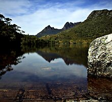 Lake Lilla_Cradle Mountain_Tassie by Sharon Kavanagh