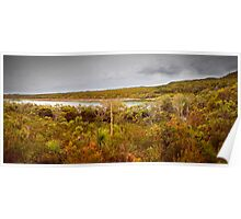 Panorama - Honey Eater Lake Poster
