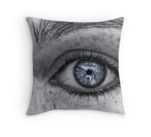 Eye see freckles everywhere! Throw Pillow