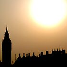 Setting sun on BIg Ben by Matthew Seabourne