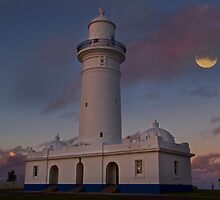 Macquarie Lighthouse by Dianne English