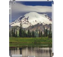 Mt Rainier in Washington iPad Case/Skin