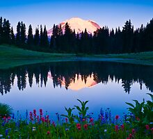 Rainier Sunrise by RavenFalls