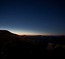 Night Glow by Lilfr38