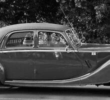 Stately 50's Plymouth by jayneeldred