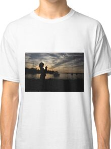 Little photographer in the sunset Classic T-Shirt