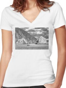 Travel between the rocks Women's Fitted V-Neck T-Shirt