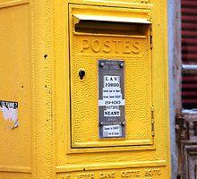 Yellow Postes by nadinecreates