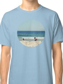 Girls And Waves Classic T-Shirt