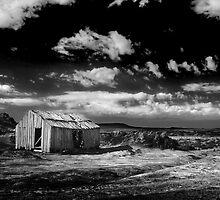 High Country of Tasmania by David  Hibberd