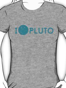I <3 Pluto (teal) T-Shirt