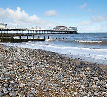 Cromer Pier  by chris2766