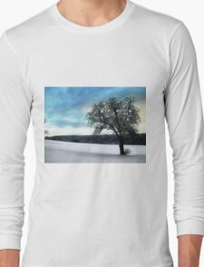 Alone in the cold Long Sleeve T-Shirt