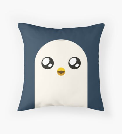 Gunter, the penguin Throw Pillow