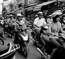 Hanoi Hustle by docophoto