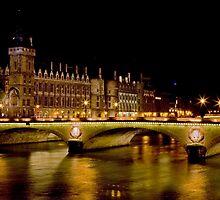 Paris Nights... Palais de Justice by A.M. Ruttle