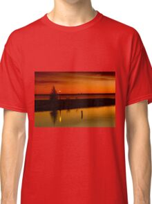 The Tree and the Lamp Post at Sunset - Aylmer Marina Classic T-Shirt