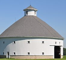 Round Barn-Albany, Indiana by mltrue