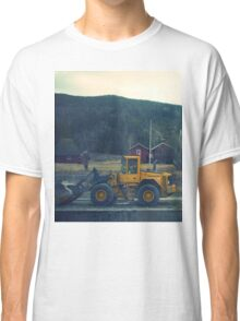 yellow tractor Classic T-Shirt