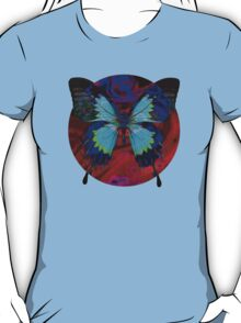 Psychedelia Illusions Take the Form of Butterflies T-Shirt