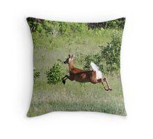 Deer: Defying gravity Throw Pillow
