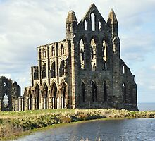 Whitby Abbey by robwhitehead