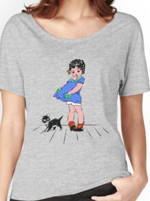 Girl with kitten Women's Relaxed Fit T-Shirt