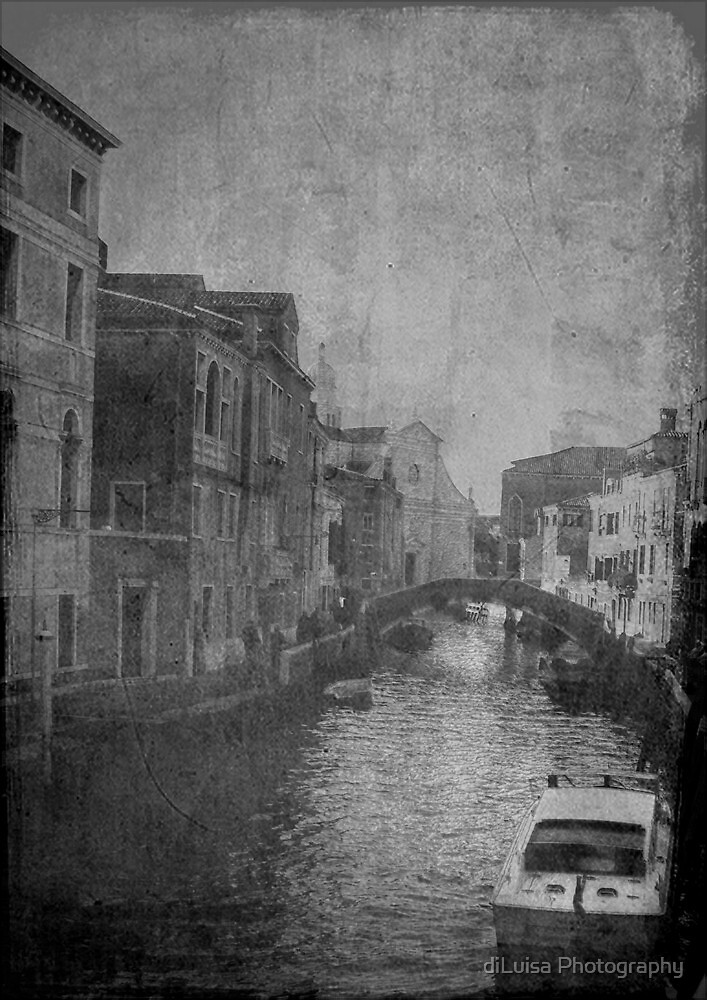 butta via la cartina a Venezia..... by diLuisa Photography