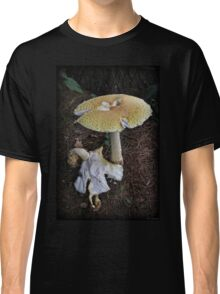 Foot-long Fungus Classic T-Shirt