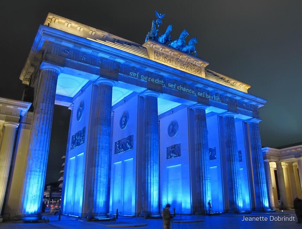 Brandenburg Gate by smilyjay