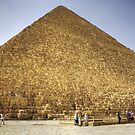 Khufu's Pyramid by Tom Gomez