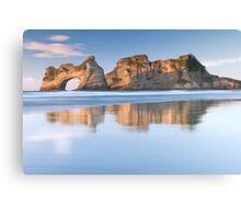 Archway Islands Canvas Print