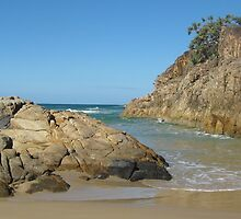 Volcanic Rocks at Little Bay Beach. by Maureen Dodd