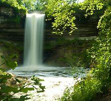 Minnehaha Falls by Brett Perucco