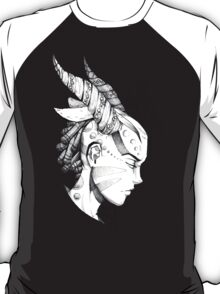 Lady of the forest  T-Shirt