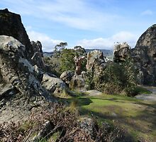 Hanging Rock (8) by kalaryder