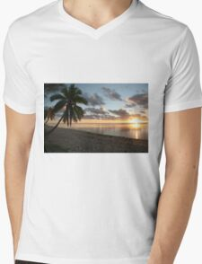 Aitutaki Sunset Mens V-Neck T-Shirt