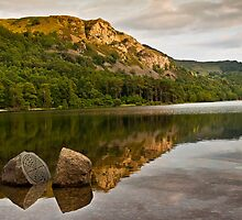 Late evening sun over Derwent water by Shaun Whiteman